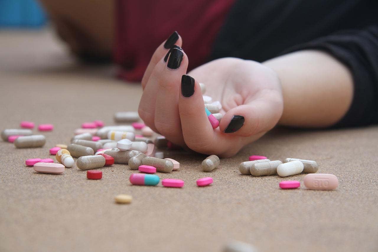 Antidepresivele cresc riscul de esec al implanturilor dentare
